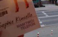 """CZYTANIE UZALEŻNIA """"Mam Twój telefon"""" (Sophie Kinsella)"""